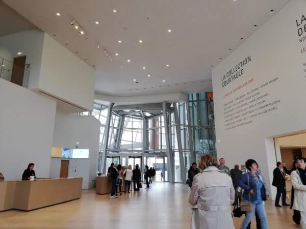 ルイヴィトン美術館フォンダシオンルイヴィトン