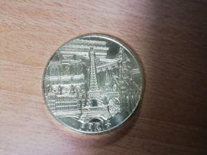 パリの記念コインパリ凱旋門を日本から予約する方法と現地当日券の買い方!屋上からの写真有り