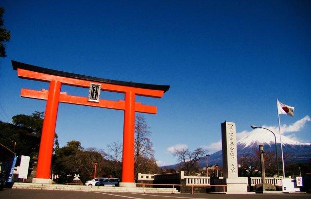 静岡浅間神社で初詣!混雑時間や屋台など徹底解説